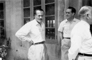Cold Spring Harbor Symposium on Quantitative Biology, Origin and Evolution of Man, 9-17 giugno 1950 Da sinistra a destra: A. Buzzati-Traverso; A. B. DaCunha; G. G. Simpson (per gentile concessione: Cold Spring Harbor Laboratory Archives, New York, Long Island)