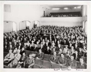 VIII Congresso Internazionale di Genetica, Stoccolma, 7-14 luglio 1948. (Glasgow University Archive Services, University of Glasgow)